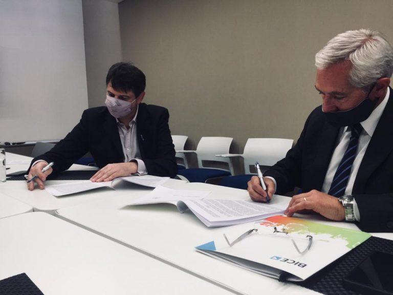 El gobierno Nacional y la provincia de Mendoza capitalizaron IMPSA